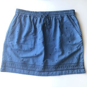 J.Crew Blue Pull-On Embroidered Skirt Size Medium